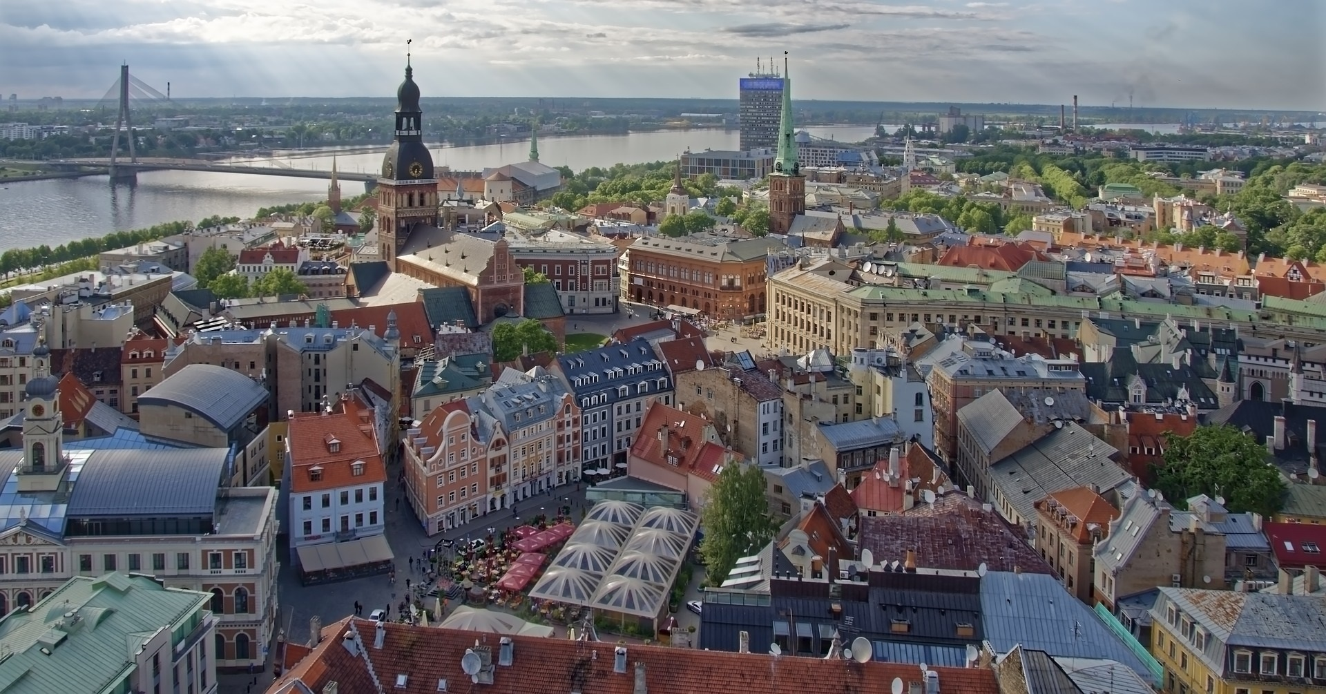 Латвия: никаких секретов о собственниках