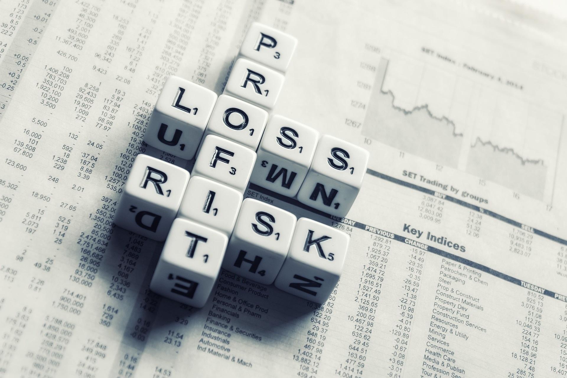 Усиление контроля за обналичиванием и отмыванием финансов